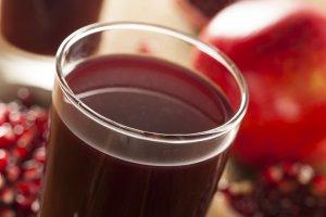 「果汁風味水」:多少含有石榴的營養成分