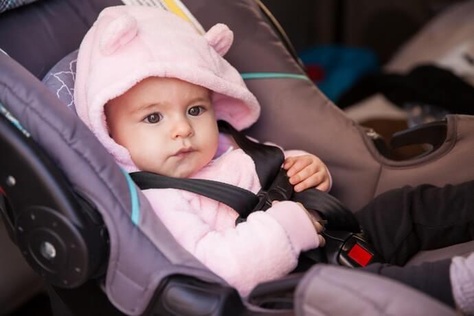 汽車座椅專用款式:能避免頻繁裝卸而造成危險