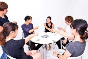 多人聚會:選擇能簡單上手的陣營類型
